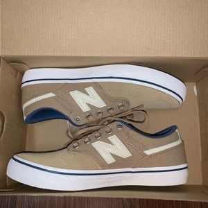 New balance brand new will fit  size 7.5-8